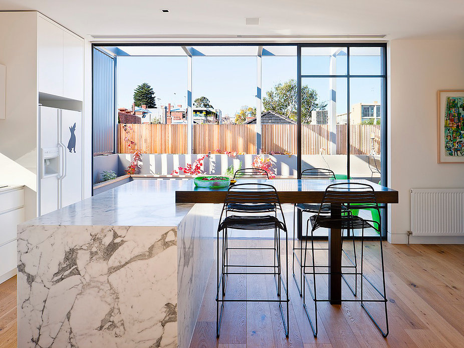 South Yarra House by Russell Barrett Architects (3 of 4)